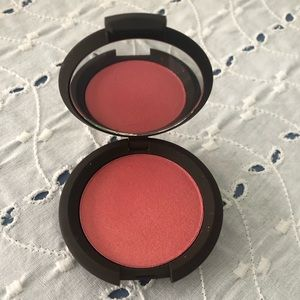 Becca luminous blush, snapdragon